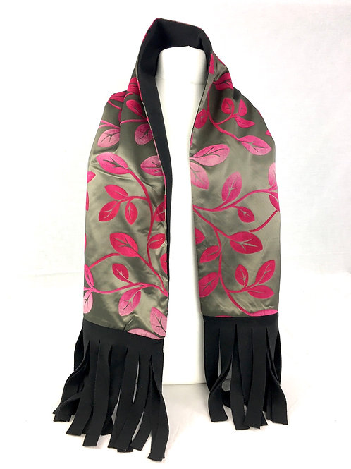 Reversible pink and black scarf