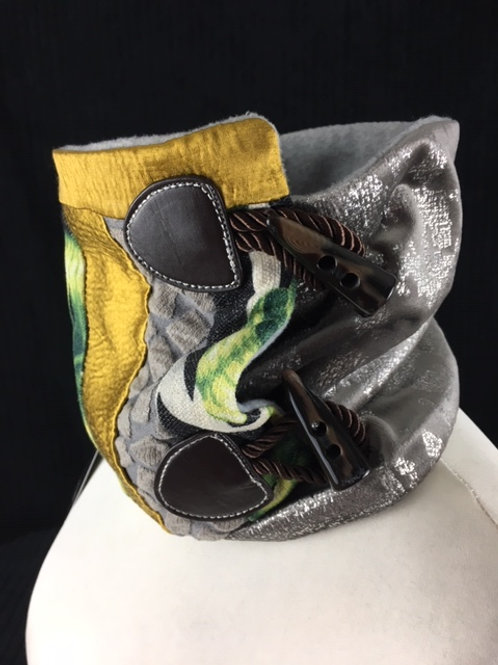 Yellow green and silver snood