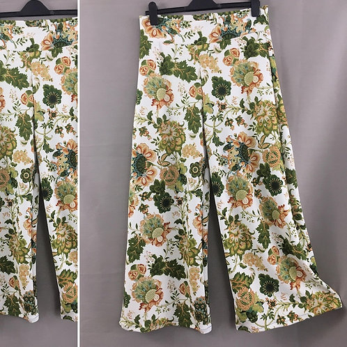 Stretchy floral culottes