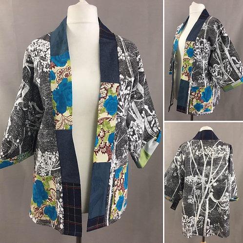 Lightweight black and white print kimono