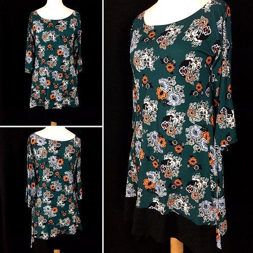 Retro green floral flowy tunic dress