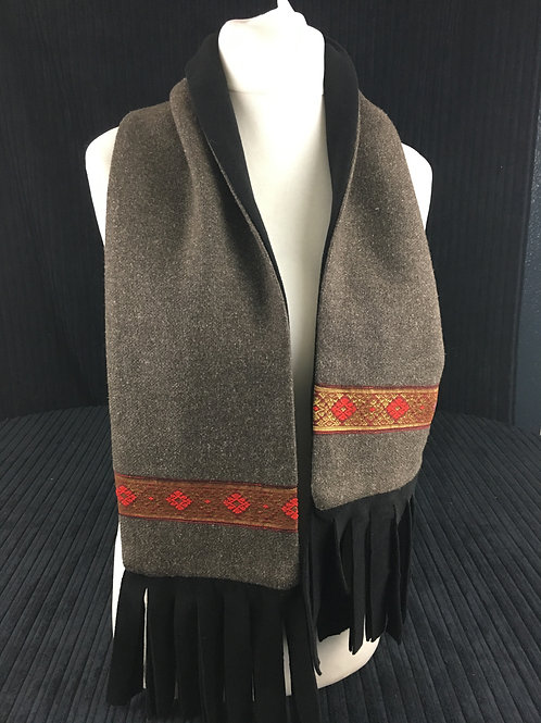 Brown scarf with red trim