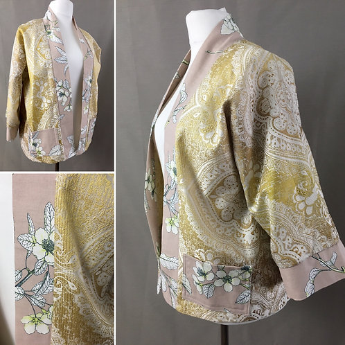 Yellow kimono with a soft pink trim