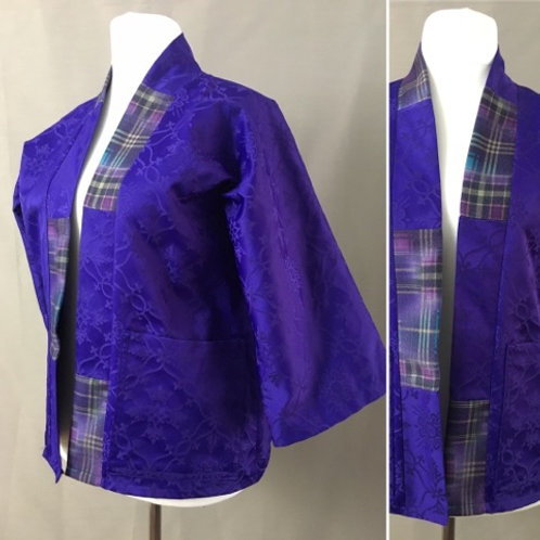 Lightweight purple kimono