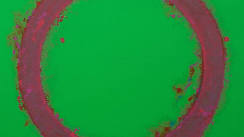Red & Pink Disc On Green