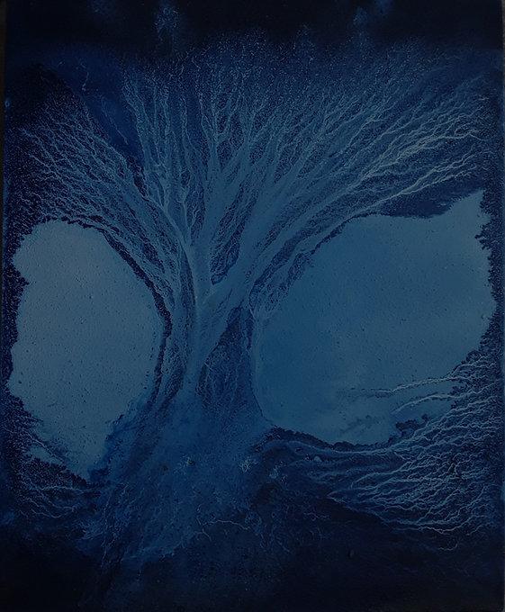 Frozen%20tree%2C%20ink%20on%20canvas%2C%2050x40cm_edited.jpg