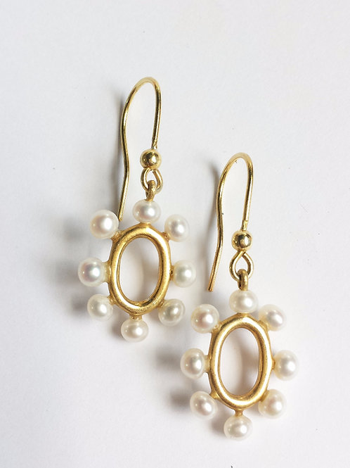 Gold and White Freshwater Pearl Oval Drop Earrings