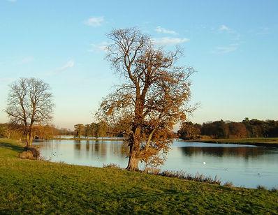 Blatherwycke lake.jpg
