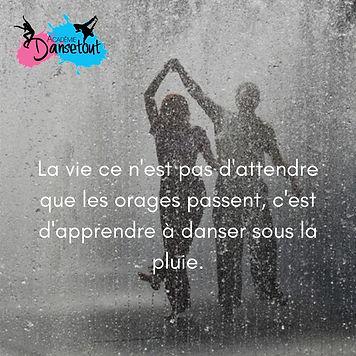 La_vie_ce_n'est_pas_d'attendre_que_les_o