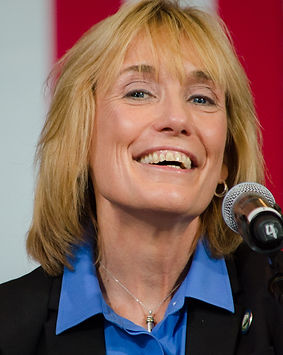 Maggie_Hassan_at_Clinton_Kaine_rally_Aug