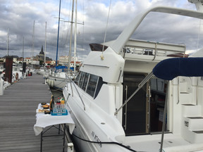 bateau cabaret vendee 85