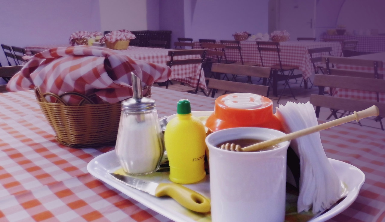Budapest Budget Hostel offers Breakfast for groups