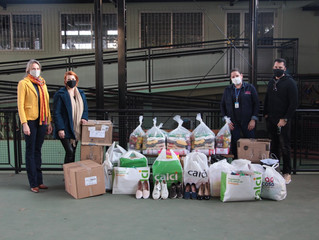 Calci e Zarpp entregam donativos