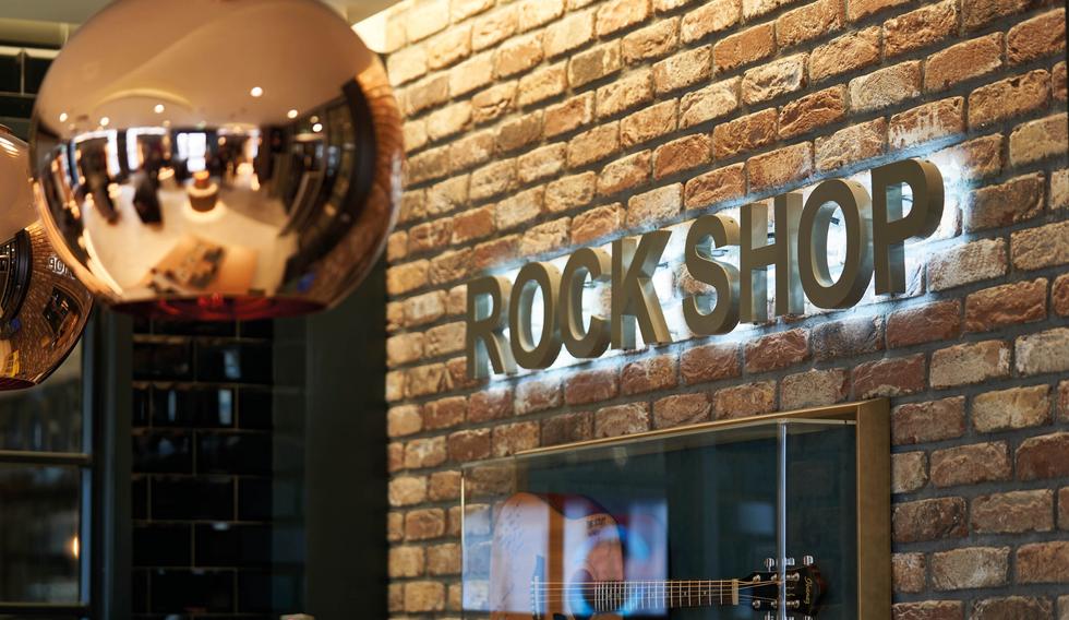 Rock Shop Dublin Sign
