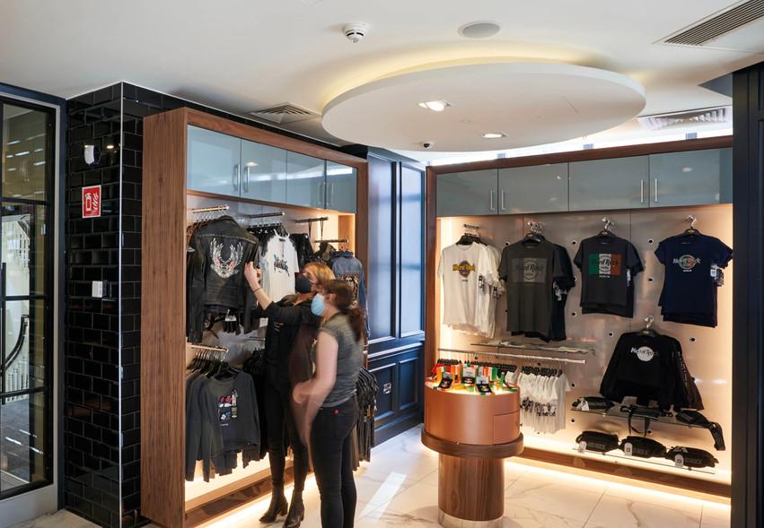 HardRock Dublin_Shoppers.jpg