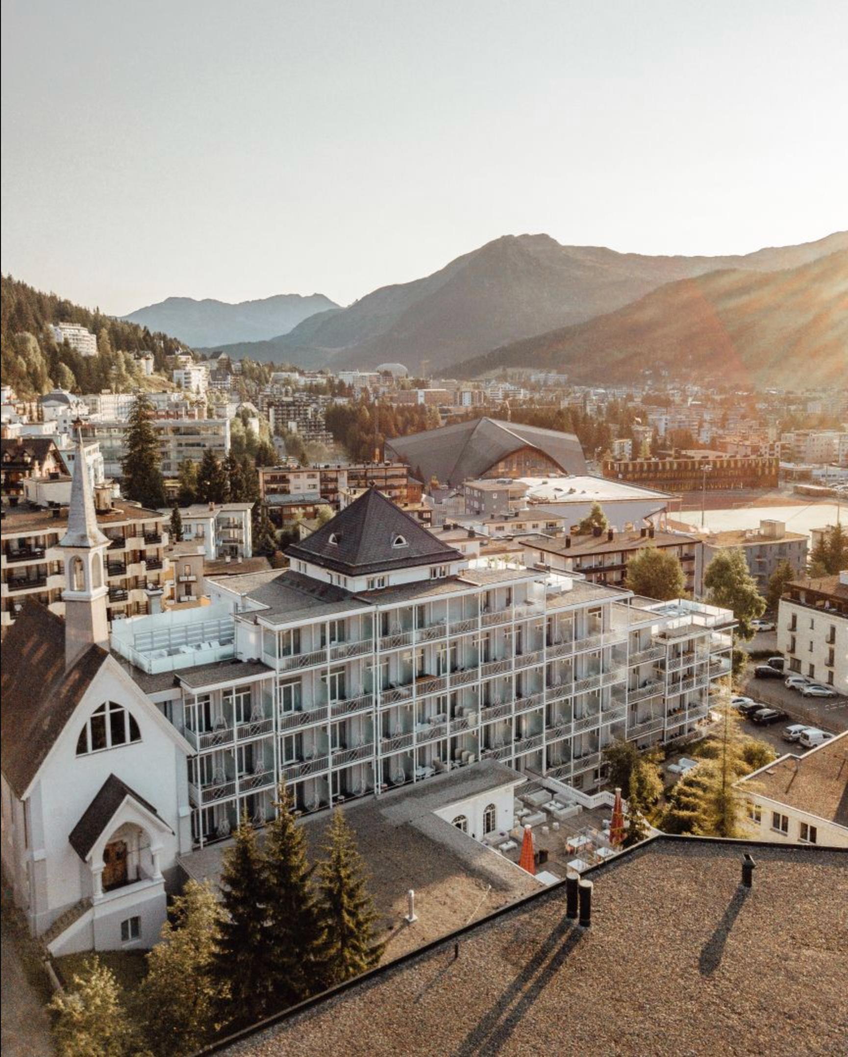 Hard Rock Davos Resort.png