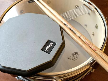 ドラムはしばらくお休み。練習しなきゃ‥