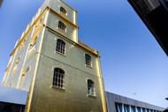 ついに完成した砦「Torre(タワー)」から望むリアルなミラノ