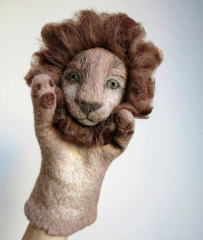 Lion puppet.jpg