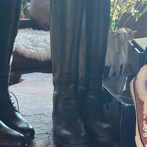 Boots-Used Size 6