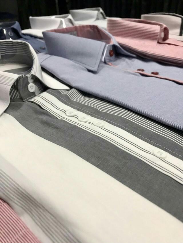 camisa de algodão manca curta