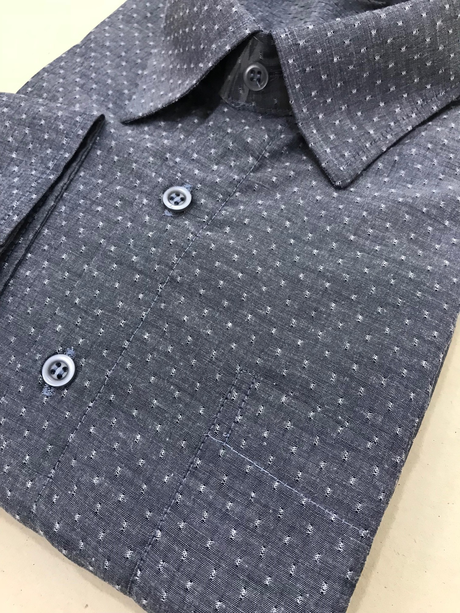 camisa relevo plus size