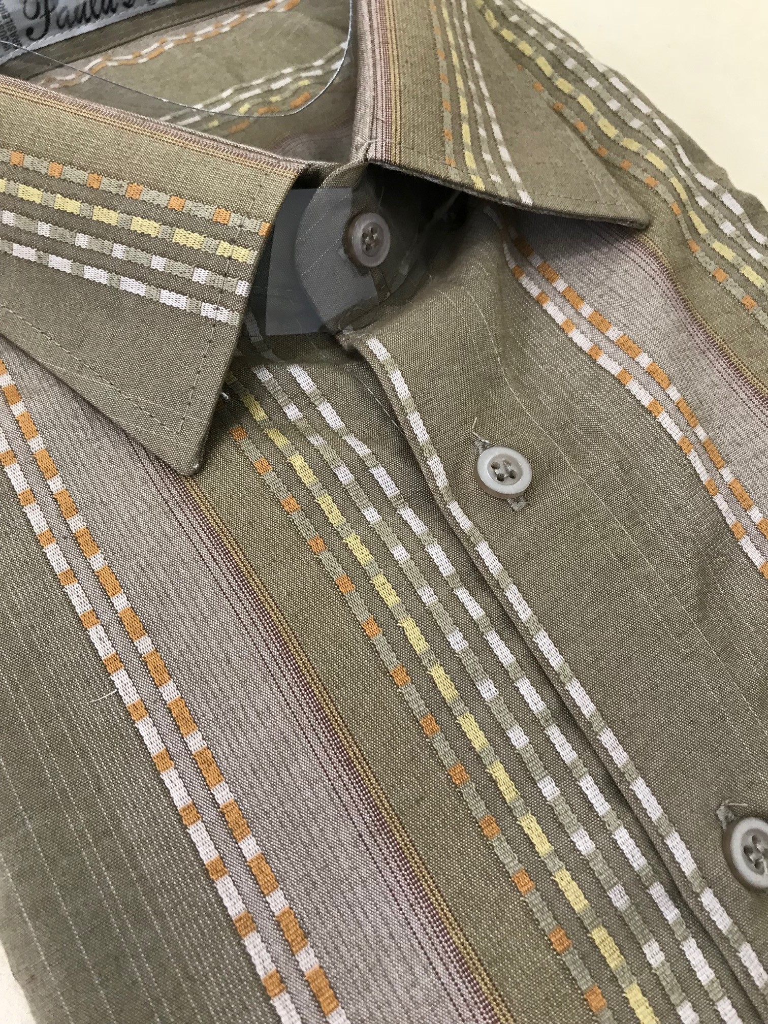 camisa listrada relevo