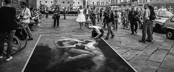 Street-Artist-2.jpg