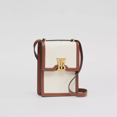 BB,Product-Photography,Bags,Packshot,cro