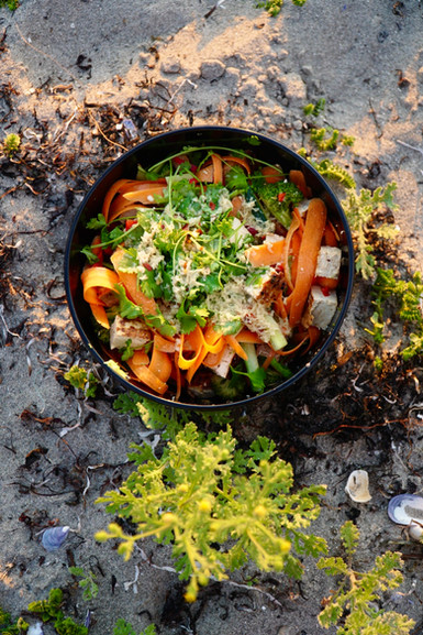 Kryddiga thainudlar på stormkök