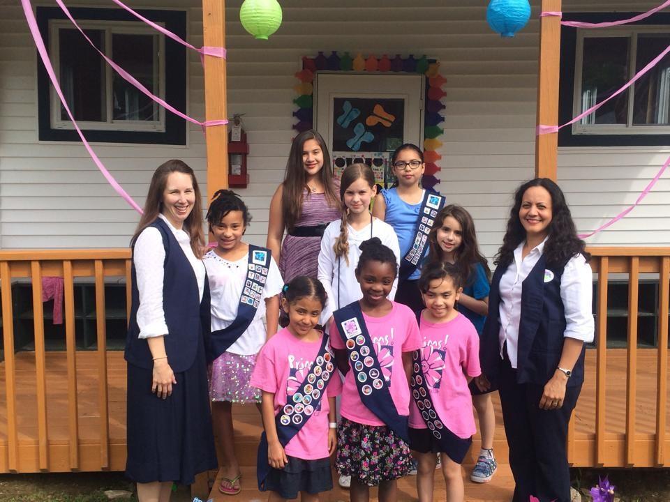Jenny, Nora and Girls at Retreat 2015