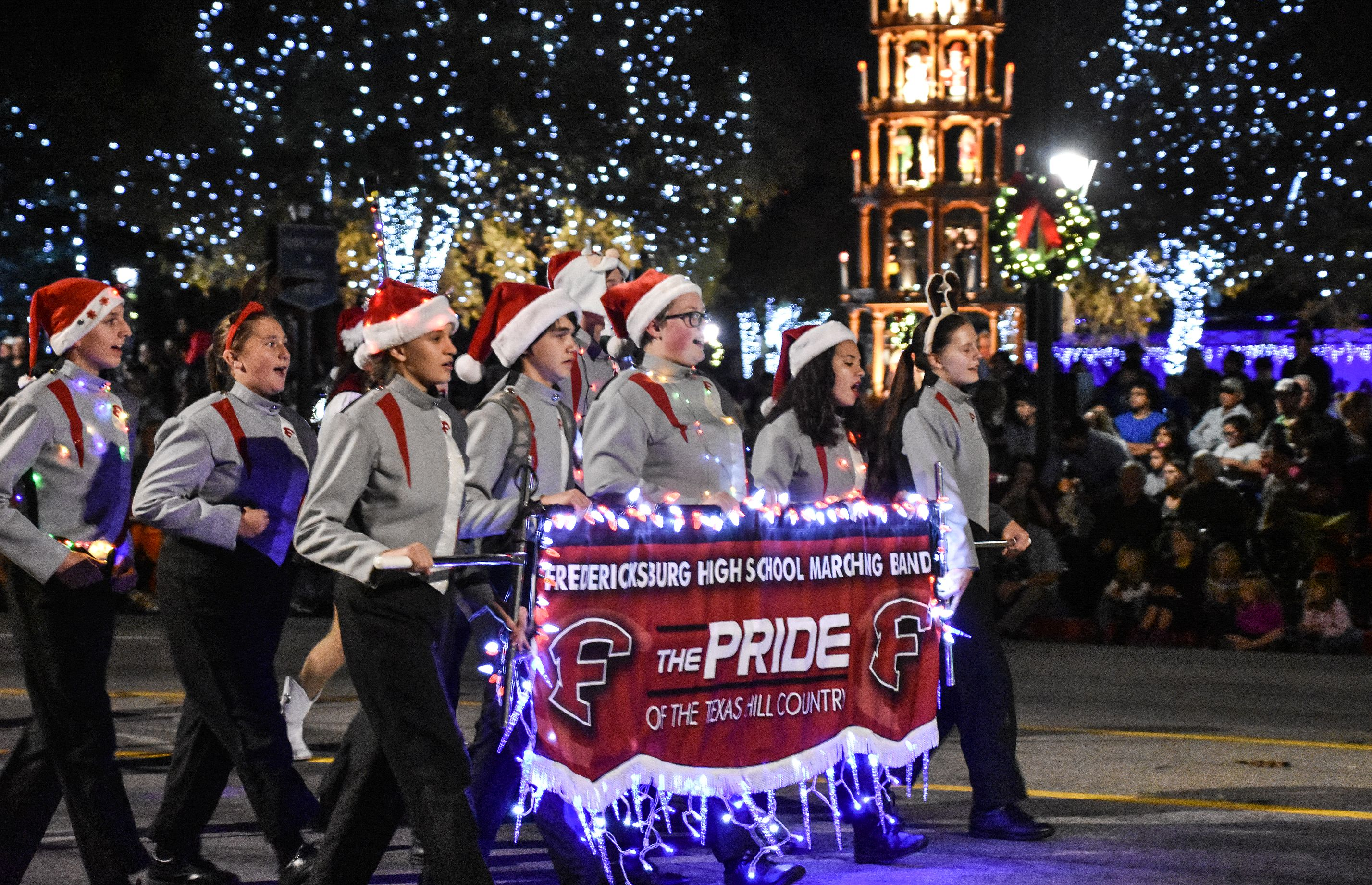 Fredericksburg Christmas 2019 Light The Night Christmas Parade | Fredericksburg Chamber | TX