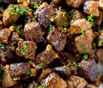 Good Eats: Garlic Steak Bites