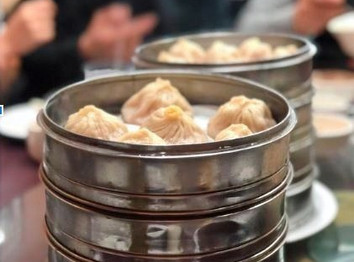 DON'T BURN YOURSELF! SOUP DUMPLINGS DONE JUST RIGHT.
