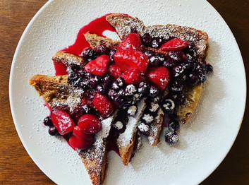 CREAM BREAD FRENCH TOAST WITH BERRY COMPOTE.
