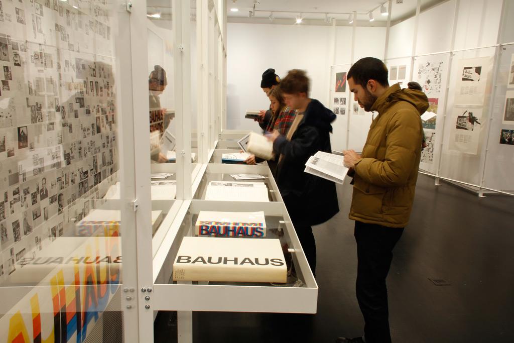 Muriel-install-Bauhaus-2