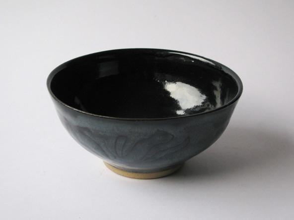 flower patterned bowl 3.jpg