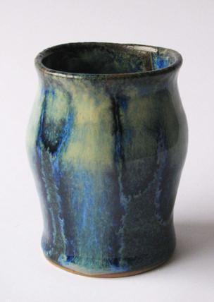 Pouring blue vase 2.jpg