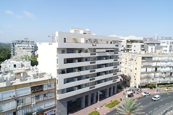 ביאליק 136, רמת גן