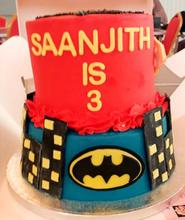 2 Tier Superhero cake