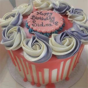 White Chocolate, Rosette drip cake