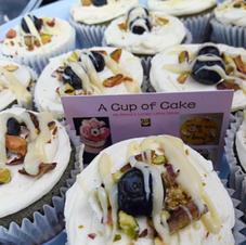 Blueberry, white choc & pistachio Cupcakes