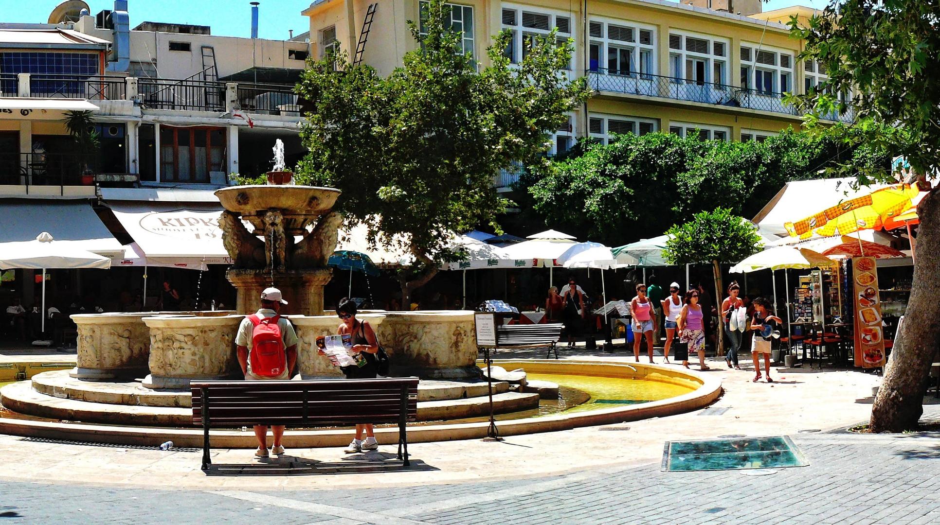 Heraklion central square