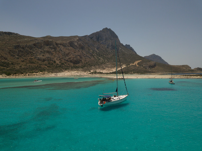 Sailing to the south of Crete