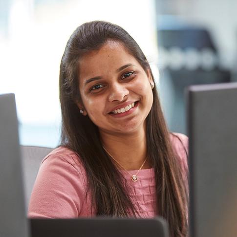 Vasavi Sandhya Araveeti - Business Analyst