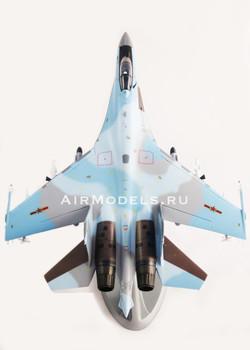 Модель самолета Су-35 (Масштаб 1:32)