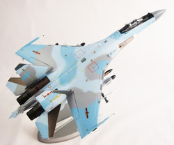 Su-35 в 1_32 в окраске ВВС Китая