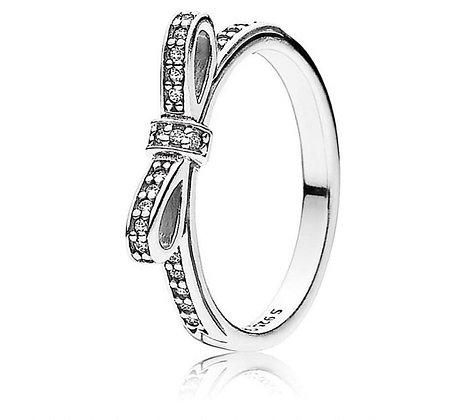 טבעת פפיון משובצת