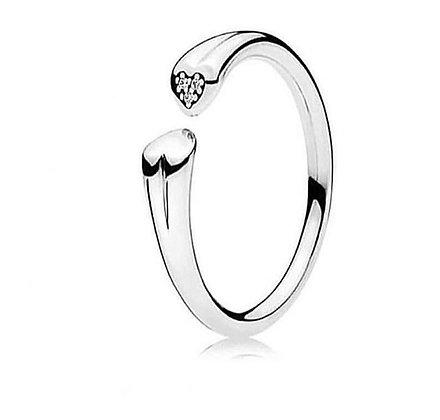 טבעת לבבות חיבוק