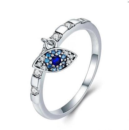טבעת עם תליון עין